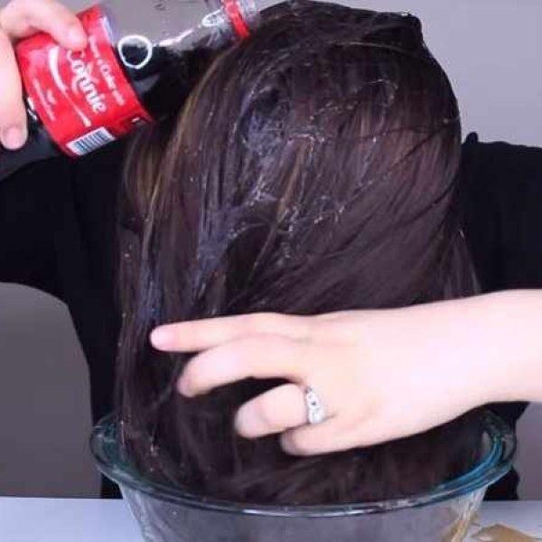 Coca no cabelo 01