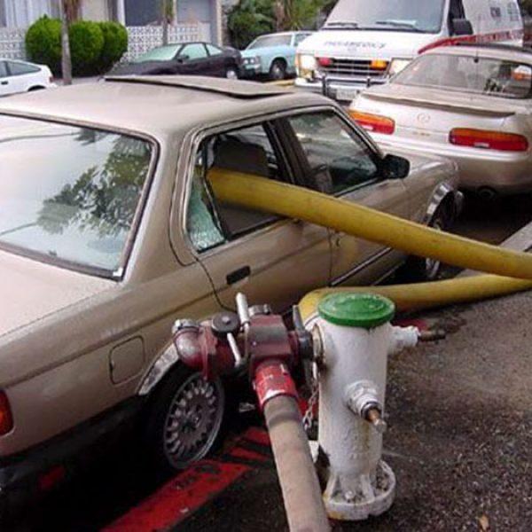 Firefighters-Break-Windows-Car-Parking-Fire-Hydrants-5b7e627523b48__700