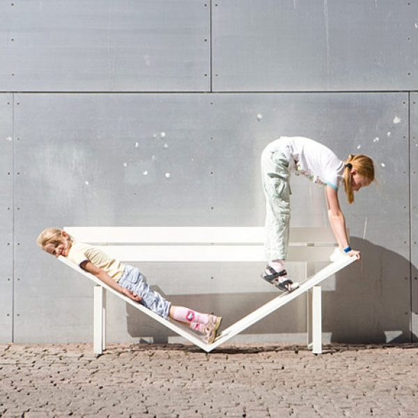 Jeppe-Hein-social-benches-21