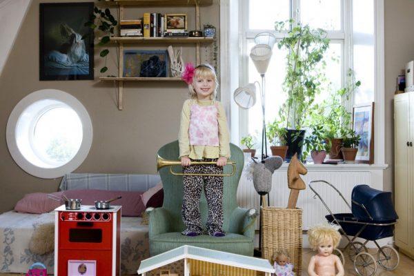 Tyra-Sweden-1024x1024.jpeg.pagespeed.ce.JvES6semA4