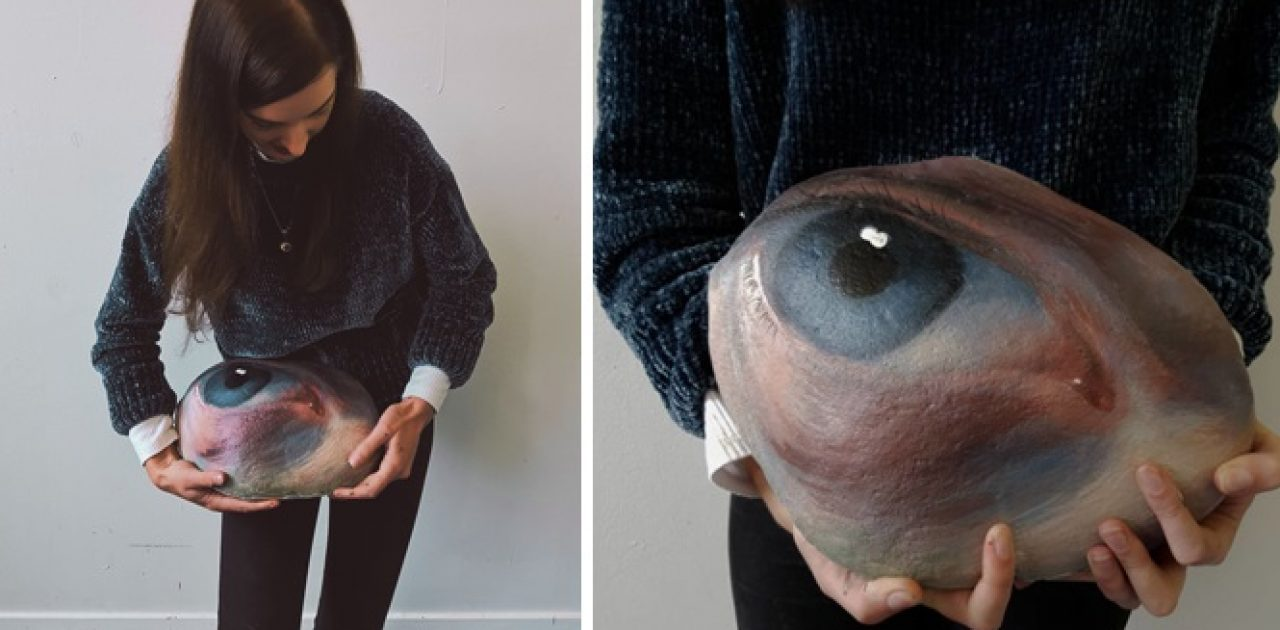 olhos na pedra capa