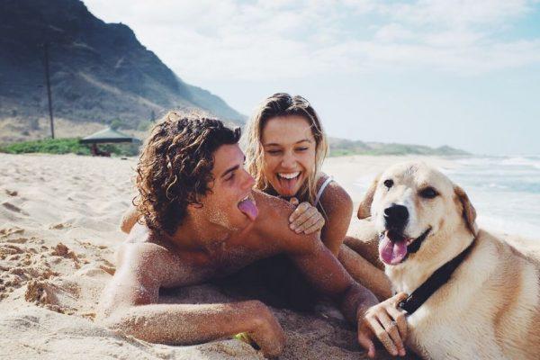 photographer-model-surfer-couple-travels-world-jay-alvarrez-alexis-ren-18